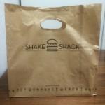 シェイク・シャックの「シャック・バーガー」を食べたよ 11月13日開店のシェイク・シャックへ行ってきました
